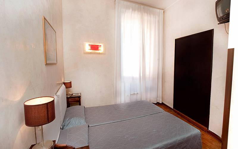 Smart Hotel Roma Standard Room
